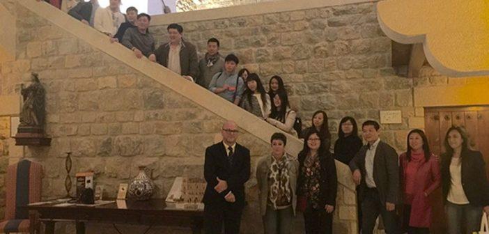 Empresarios y agentes de viaje chinos conocen los atractivos turísticos